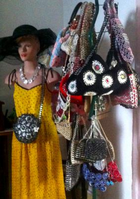 Preparando desfile de modelos con la Tía Anastasia - Jejeje