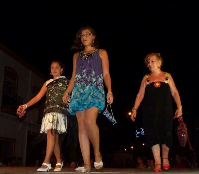 Desfile de Modelos y Complementos Reciclados Rosa Delgado ABLA